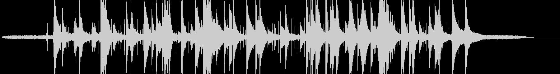 ゆったりとした大人なピアノトリオの未再生の波形