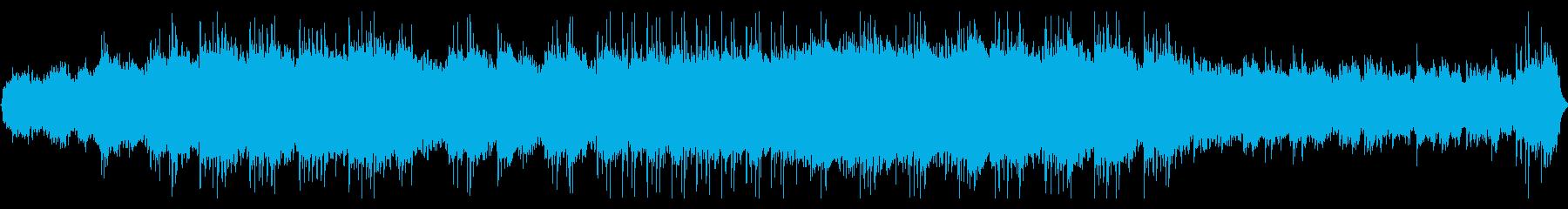 重低音の迫りくる緊張と高揚感がある旋律の再生済みの波形