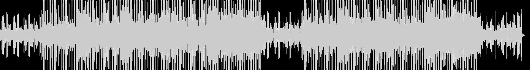現代的なピアノとオリエンタルなエレクトロの未再生の波形