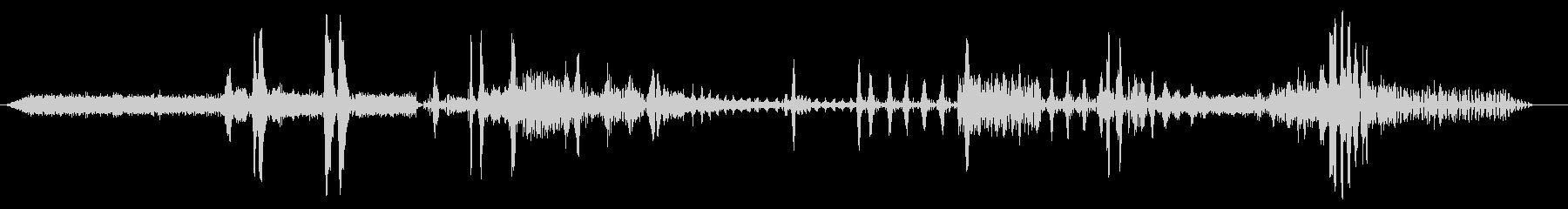 ドラッグボート;スタート/アイドル...の未再生の波形