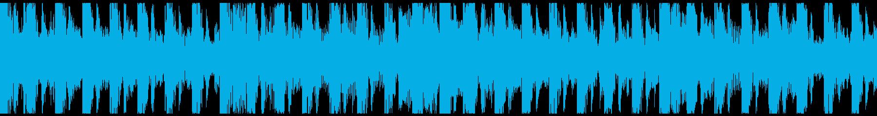 エスニックなパーカッションとリードの再生済みの波形