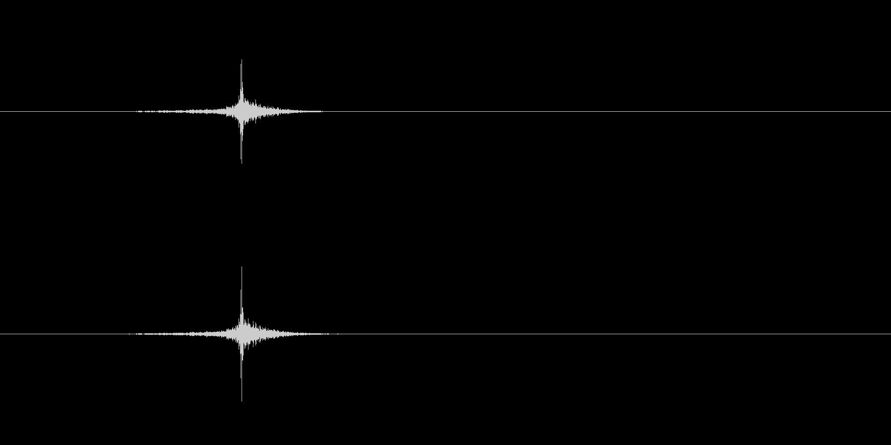 [生録音]ハサミで紙を切る音の未再生の波形