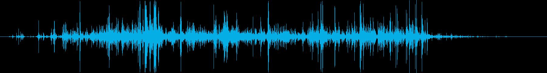 グラスに水を注ぐ音Bの再生済みの波形