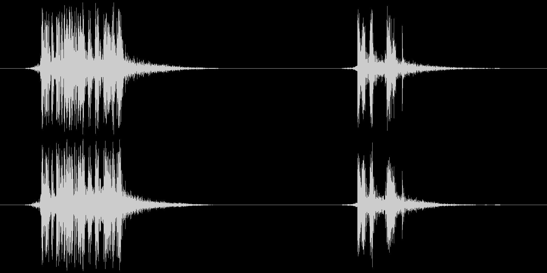 テープを切る(ビ、ビッ)の未再生の波形