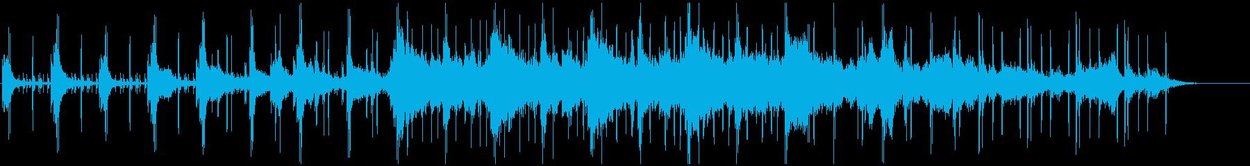 ピアノとビートによるクールなアンビエントの再生済みの波形