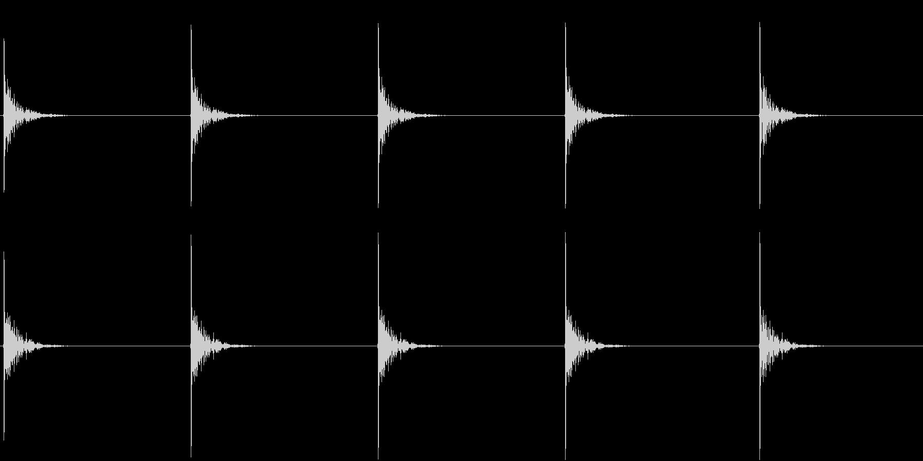 【生録音】包丁で切る音 トントン 3の未再生の波形