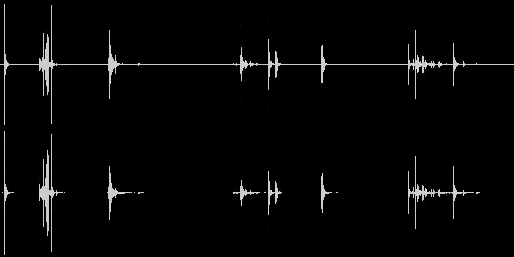 アルミニウム、クラッシュ、ヒット、...の未再生の波形