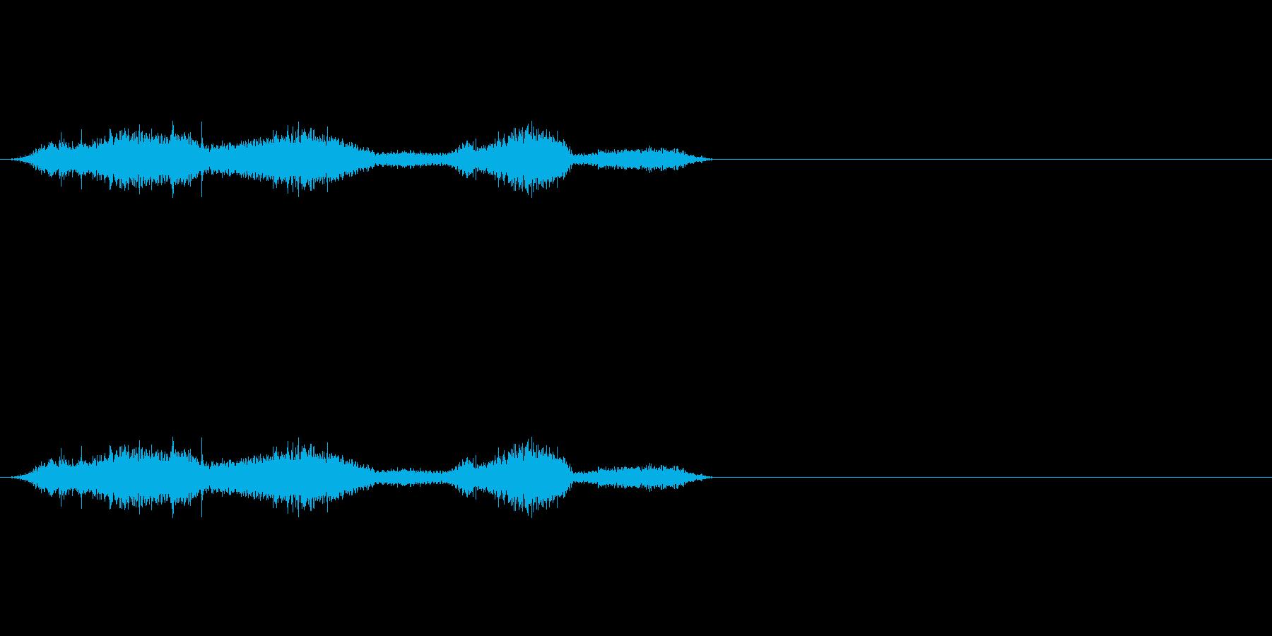 布団_布団の中で動く2の再生済みの波形