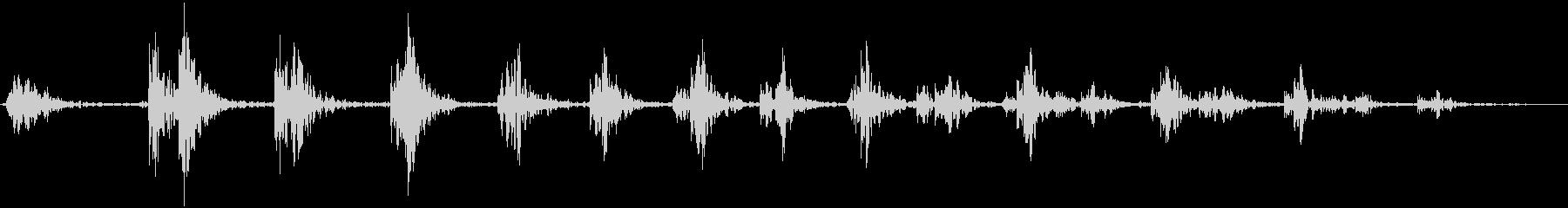 バットウィングドアスイングアンドラ...の未再生の波形