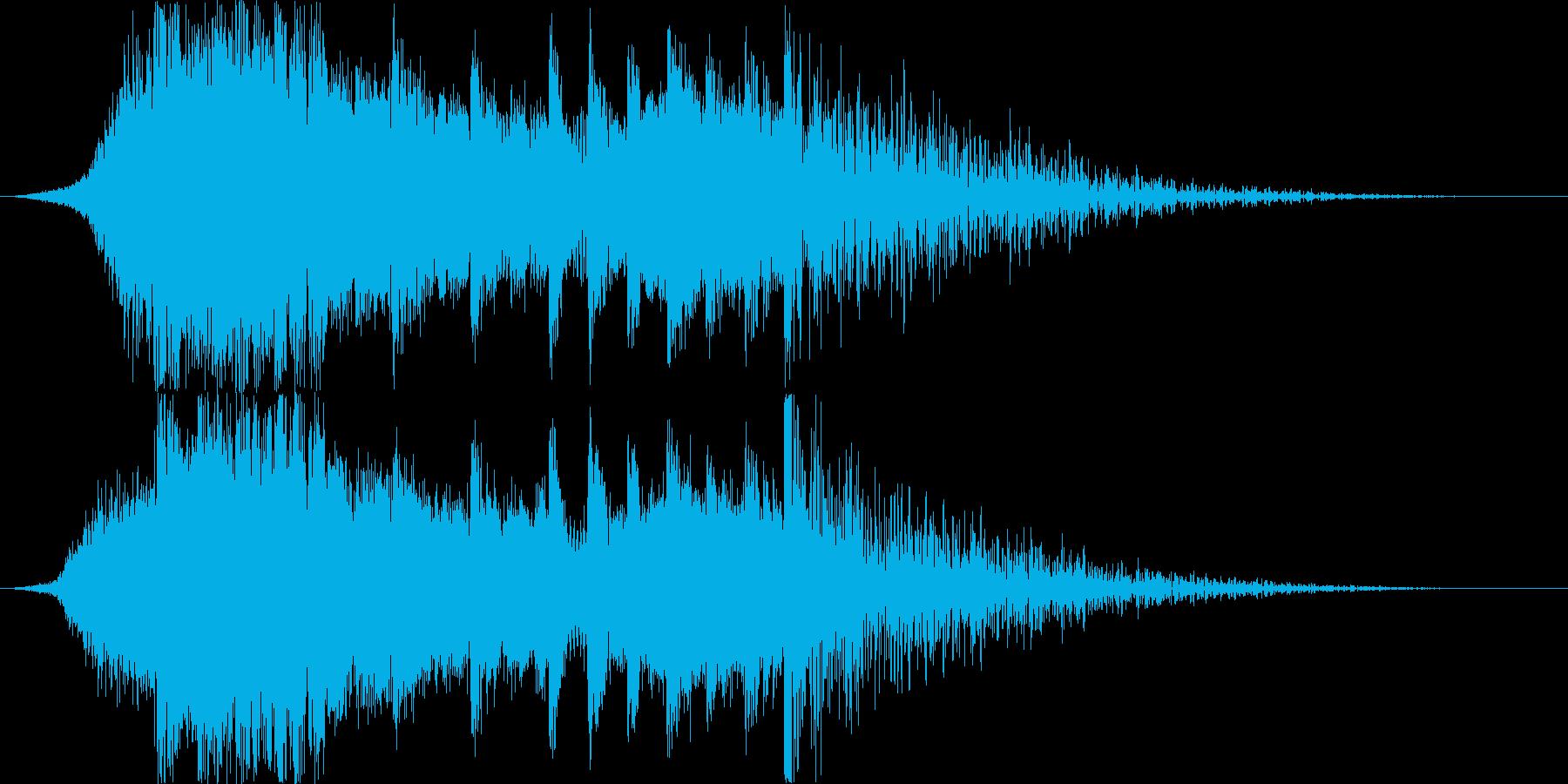 ドラムとピアノが印象的なダブステップの再生済みの波形