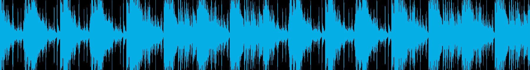 緊迫した状況に適した金属的なBGMの再生済みの波形