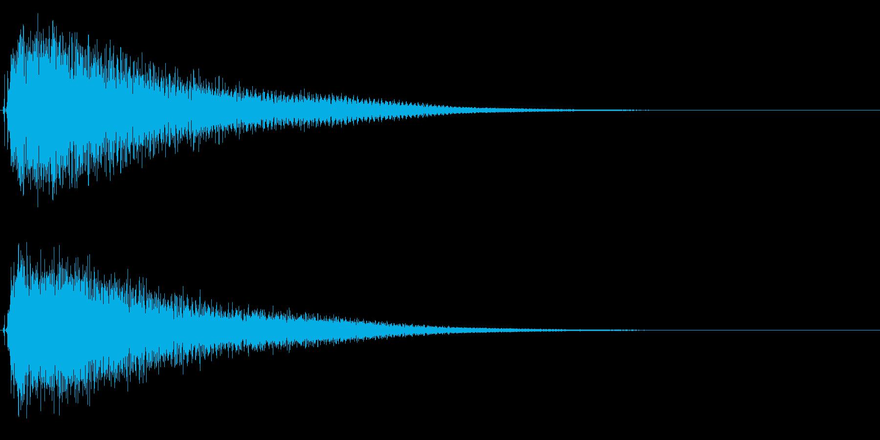 ハロウィン/ホラー不気味な不協和音ピアノの再生済みの波形