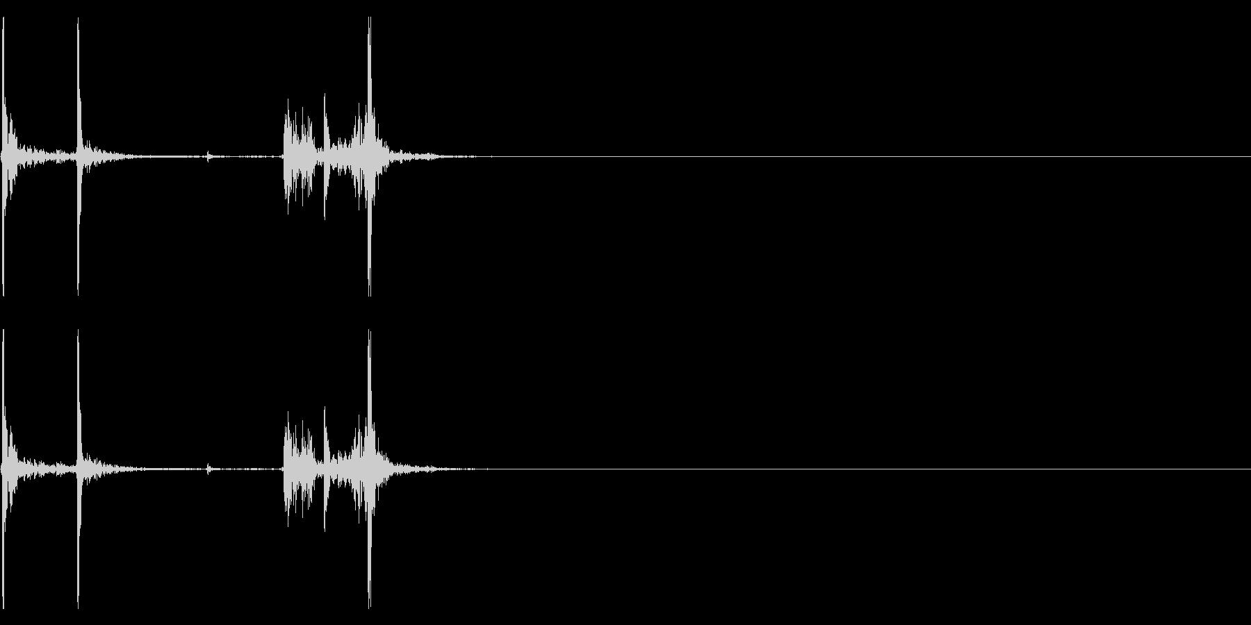 【生録音】タッパー・弁当箱を閉める音 6の未再生の波形