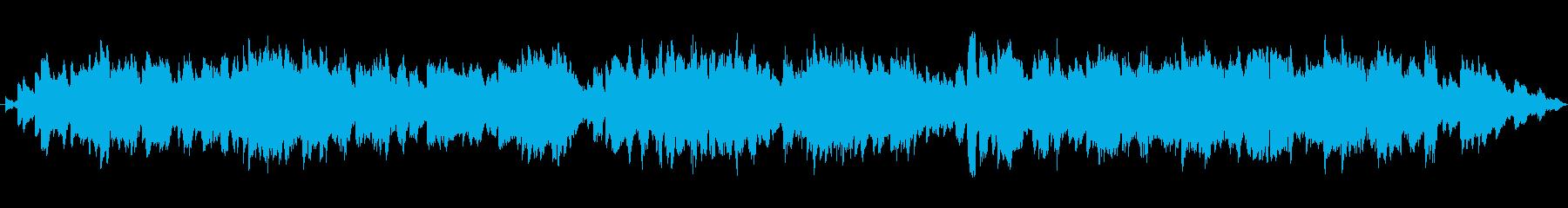 バスクラリネットとシンセのジングルの再生済みの波形
