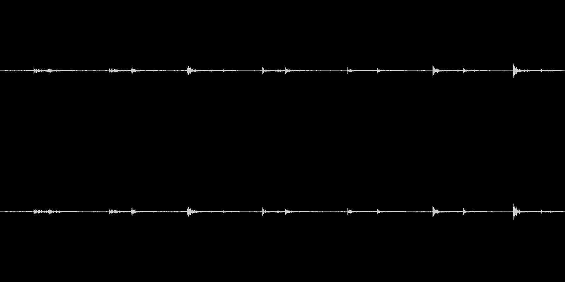 【生音】歩く・室内・スリッパ - 3 …の未再生の波形