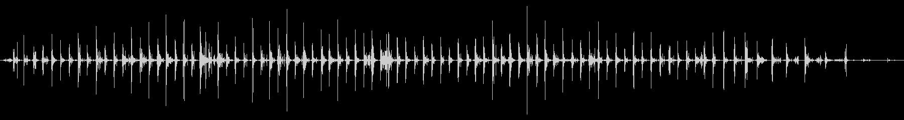 屋上エンドウ砂利:女性のハイヒール...の未再生の波形
