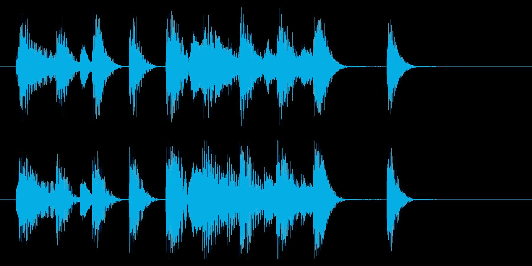 明るく軽快なピアノジングル 4秒の再生済みの波形