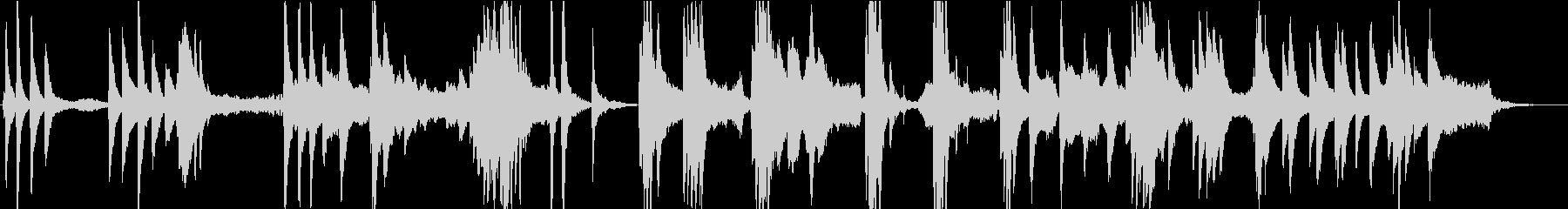 森の泉を感じるピアノ・アンビエントの未再生の波形