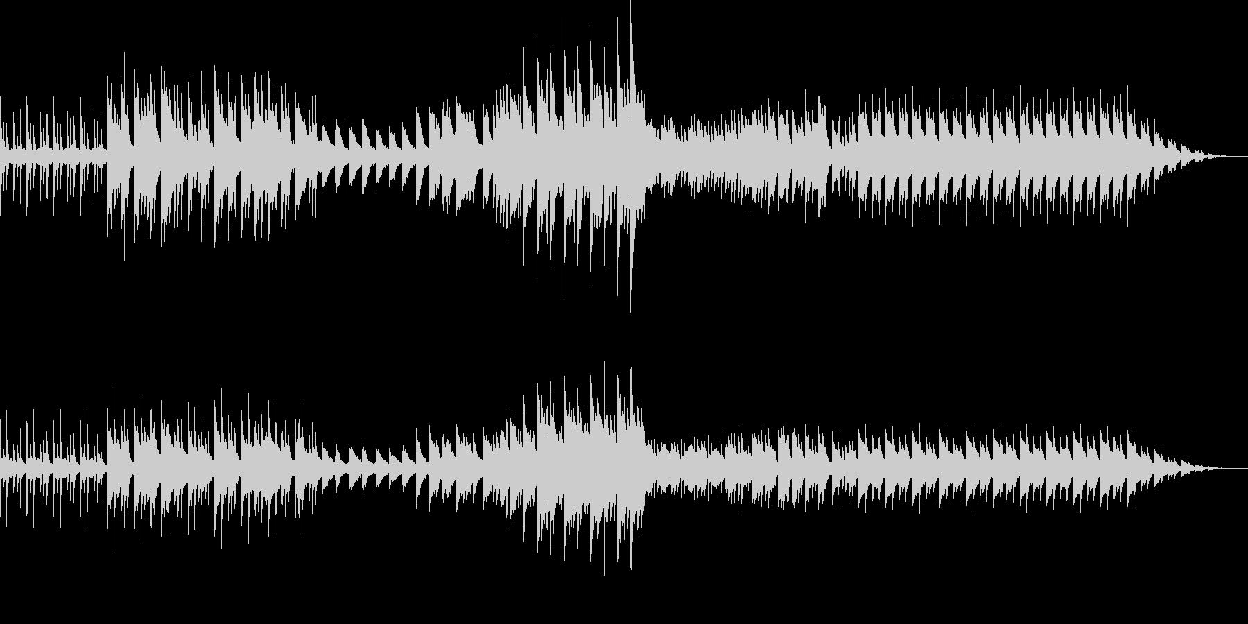 ダークなピアノのサウンドの未再生の波形