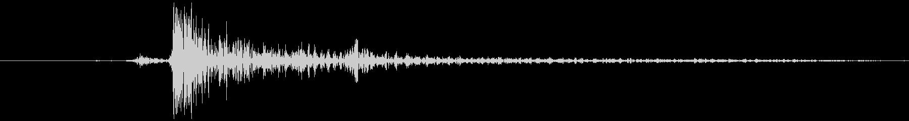 タップ音 (スマホ) カッの未再生の波形