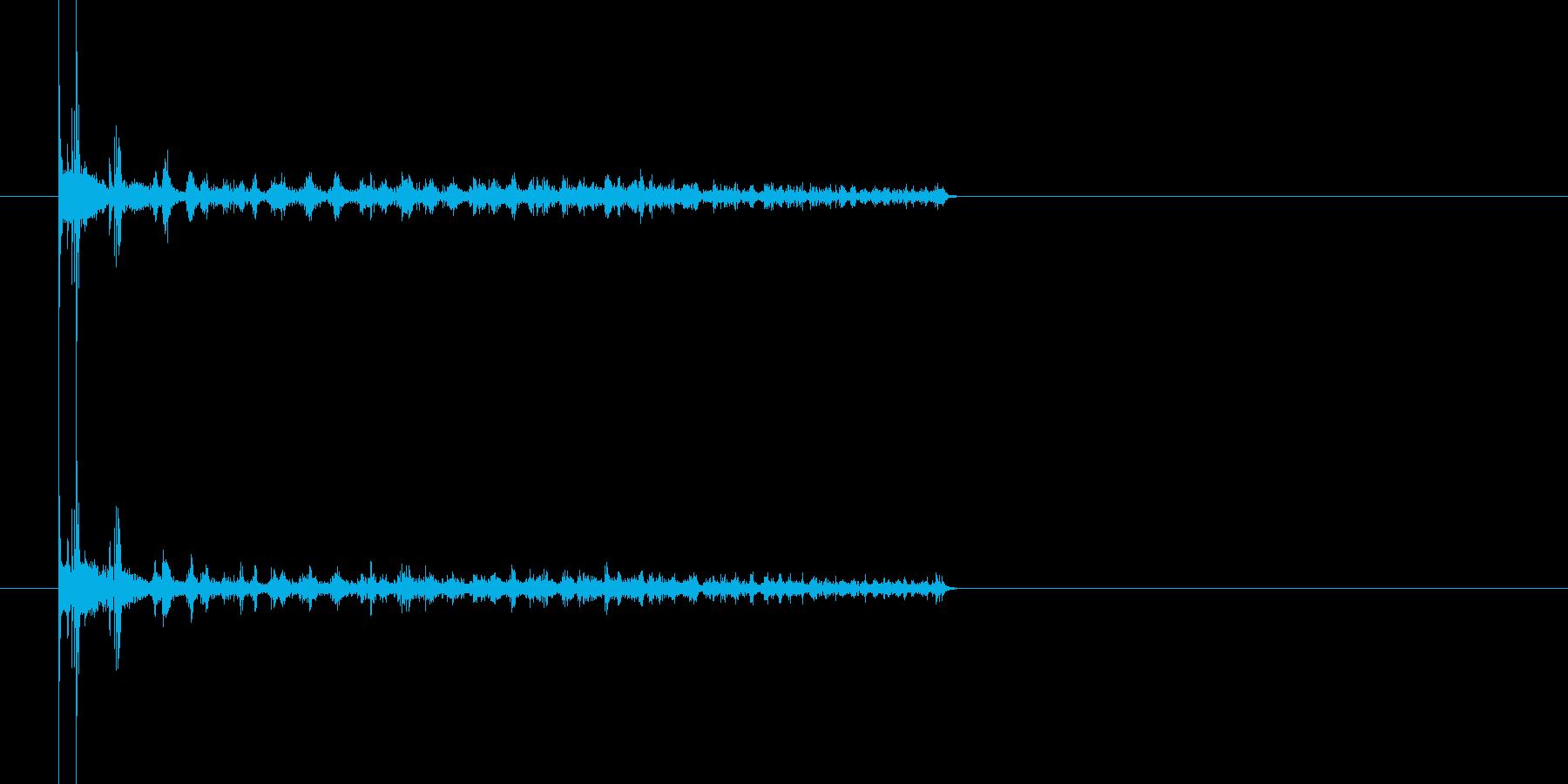 2つのコインが同時に回ってクルクル〜の再生済みの波形