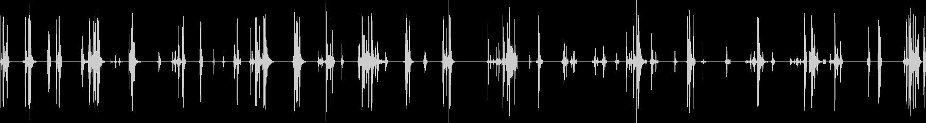 銃のマガジン(弾倉)に弾を込めるの未再生の波形