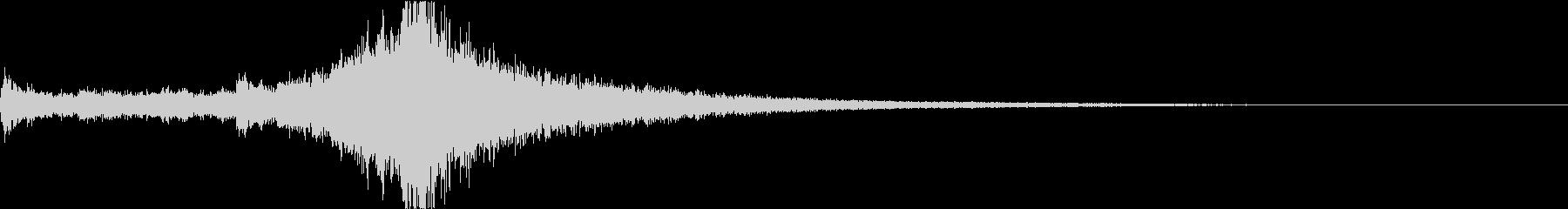 シンセサイザーによる劇的なジングルの未再生の波形
