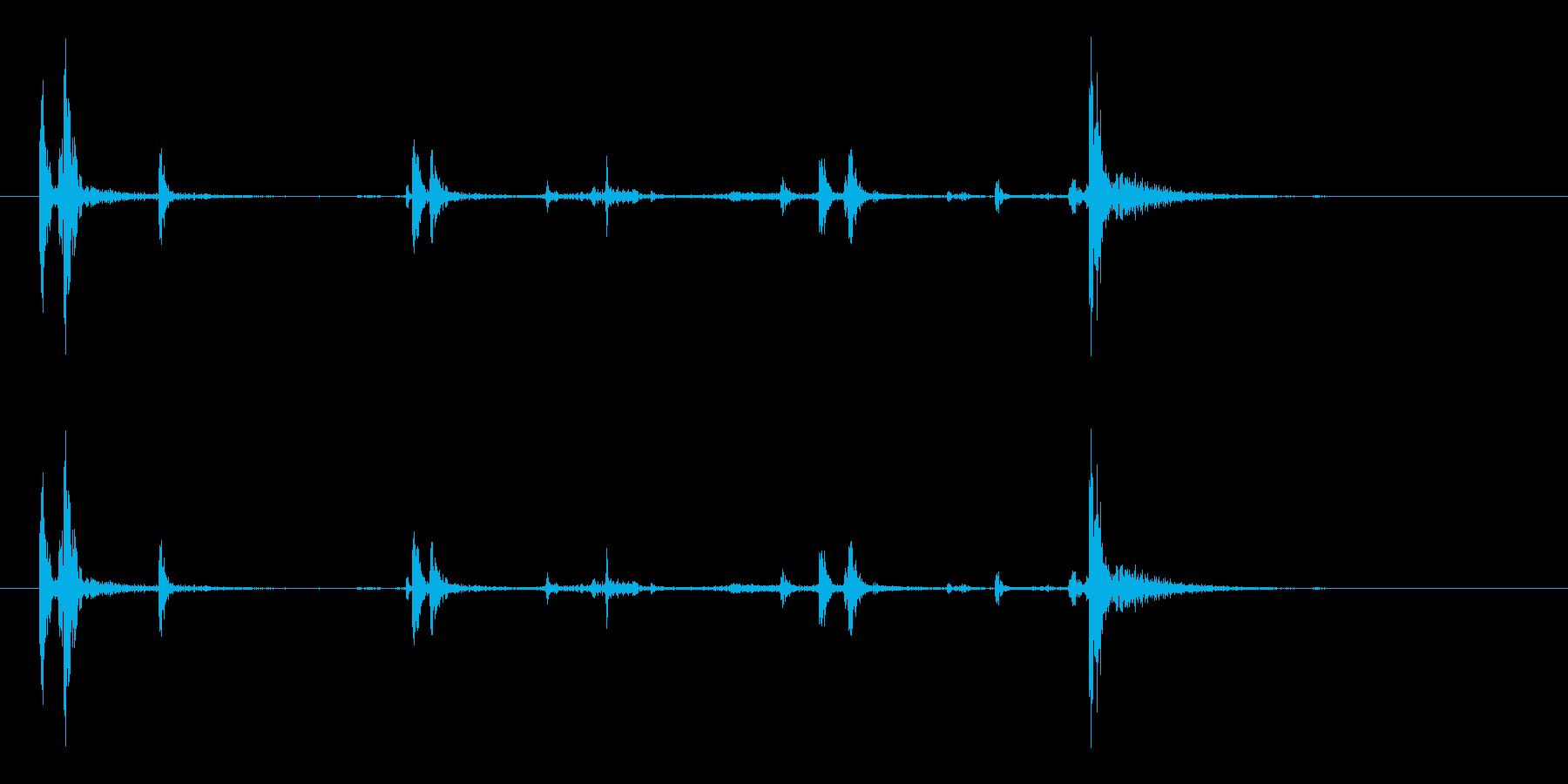 ガシャッ (銃器リロード音.03)の再生済みの波形