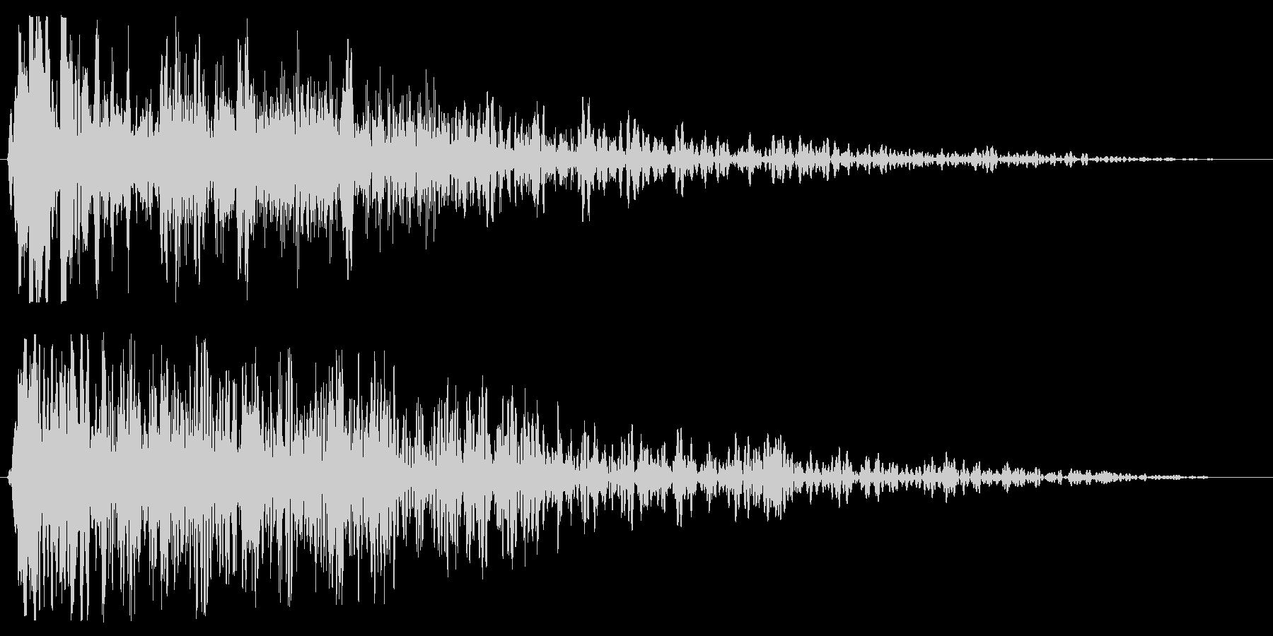 ビシューン(通過の音)の未再生の波形