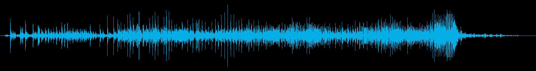 じー ジッパー チャック ファスナーの音の再生済みの波形