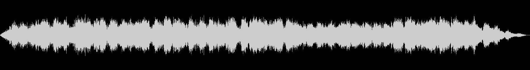 ひっそりと静かな笛とシンセサイザーの音楽の未再生の波形