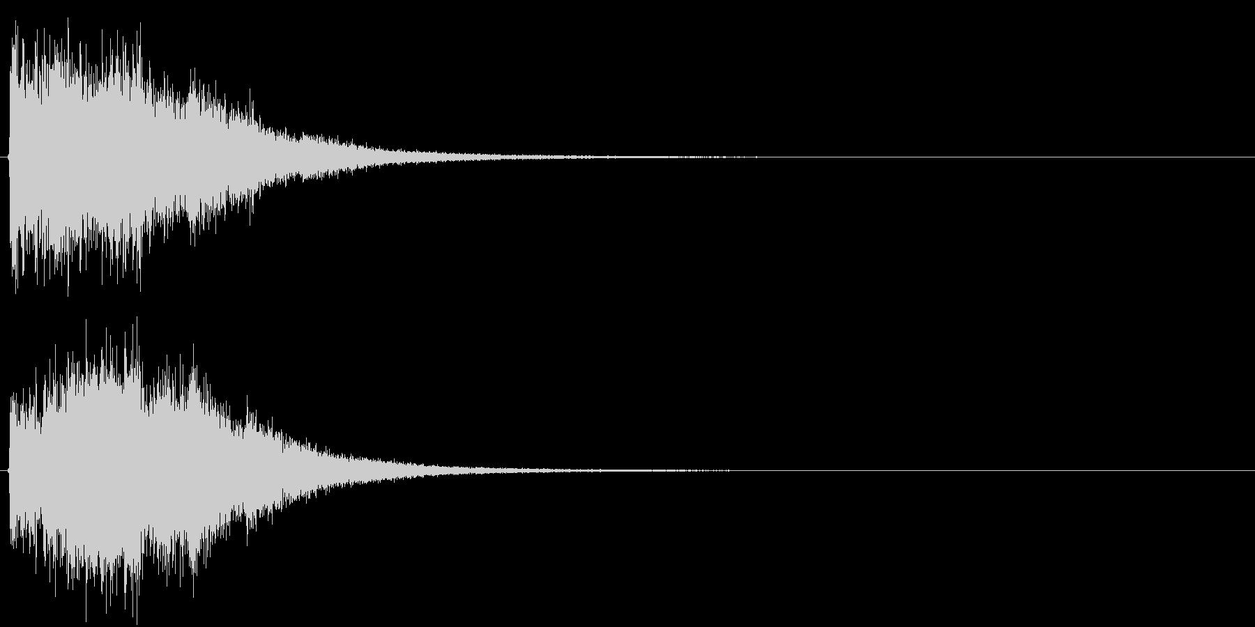 アイキャッチ(硬質・派手)3の未再生の波形
