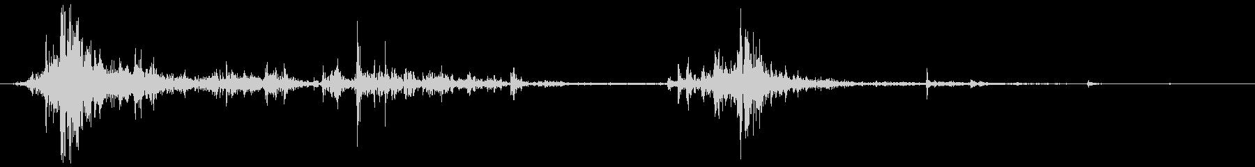 ファストウッドシャッターラトル、フォリーの未再生の波形