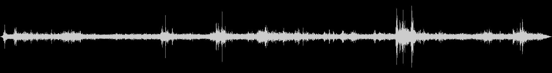 環境音 - 雷雨(ゲリラ豪雨・遠雷)の未再生の波形