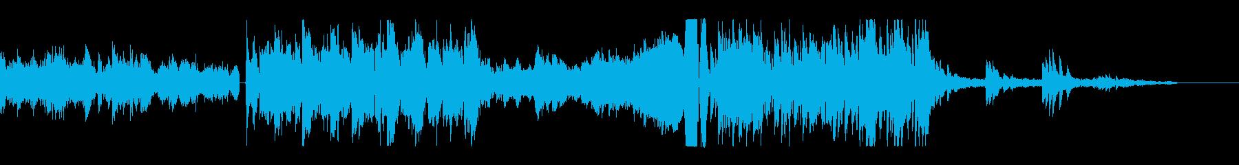 未来的かつ機械的なピアノ主体のサウンドの再生済みの波形