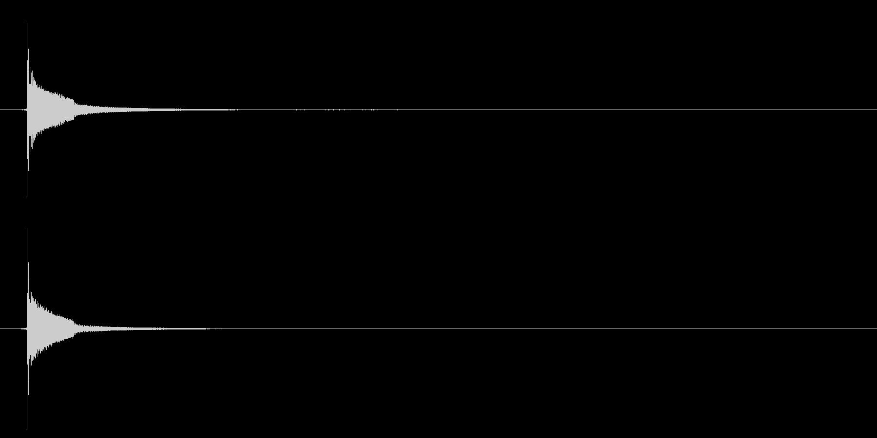 カン(キーン)、木と金属が当たる音の未再生の波形