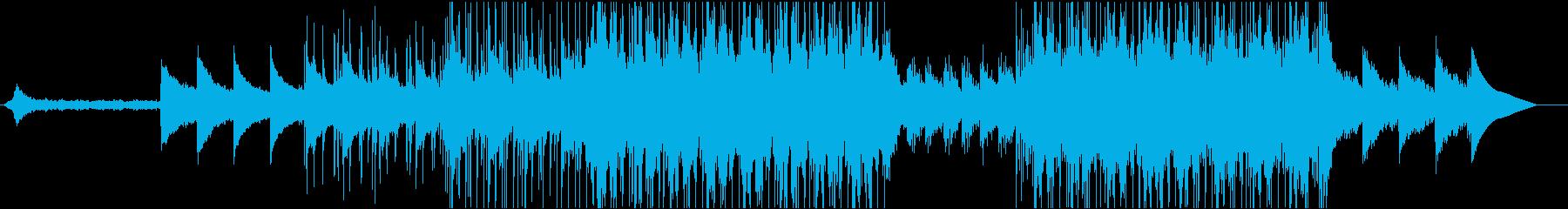 幻想的なピアノとストリングスのポップの再生済みの波形