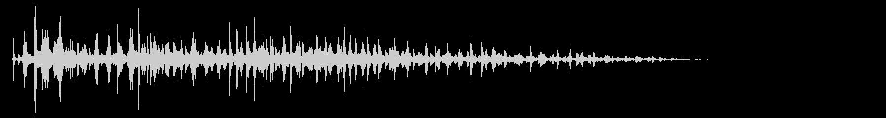 ブクブク(泡のような音) B02の未再生の波形