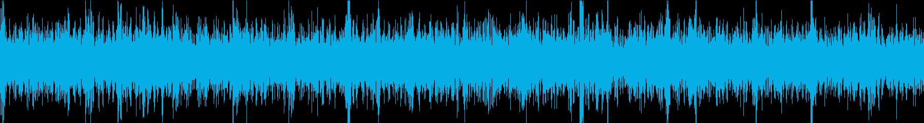 エレキギターの低音が響くヘビーメタルの再生済みの波形