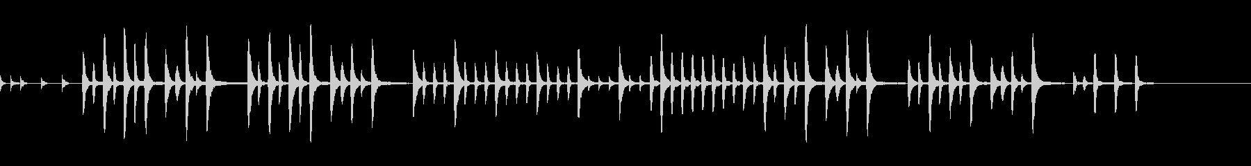 シンプルなピアノソロ(無機質な感じ)の未再生の波形
