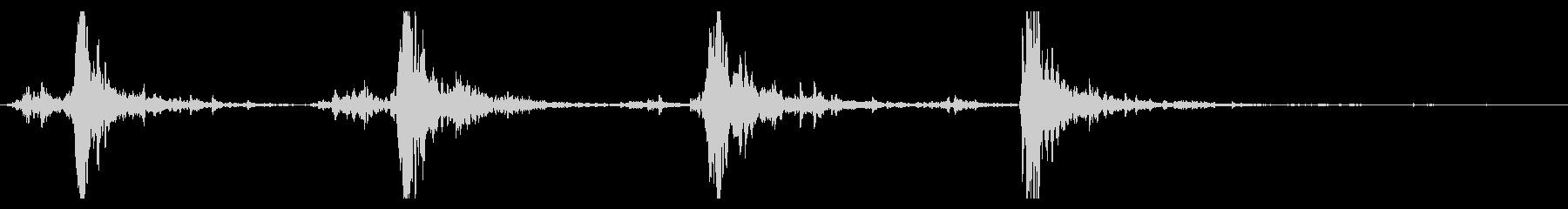 シャン×4(鈴の音)の未再生の波形