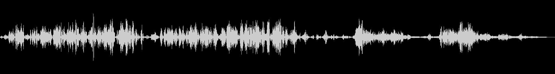 静的な無線歪みのゆらぎトーンの未再生の波形
