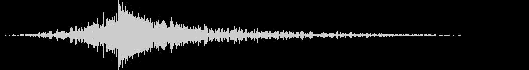 シューバン:上昇して爆発する音の未再生の波形