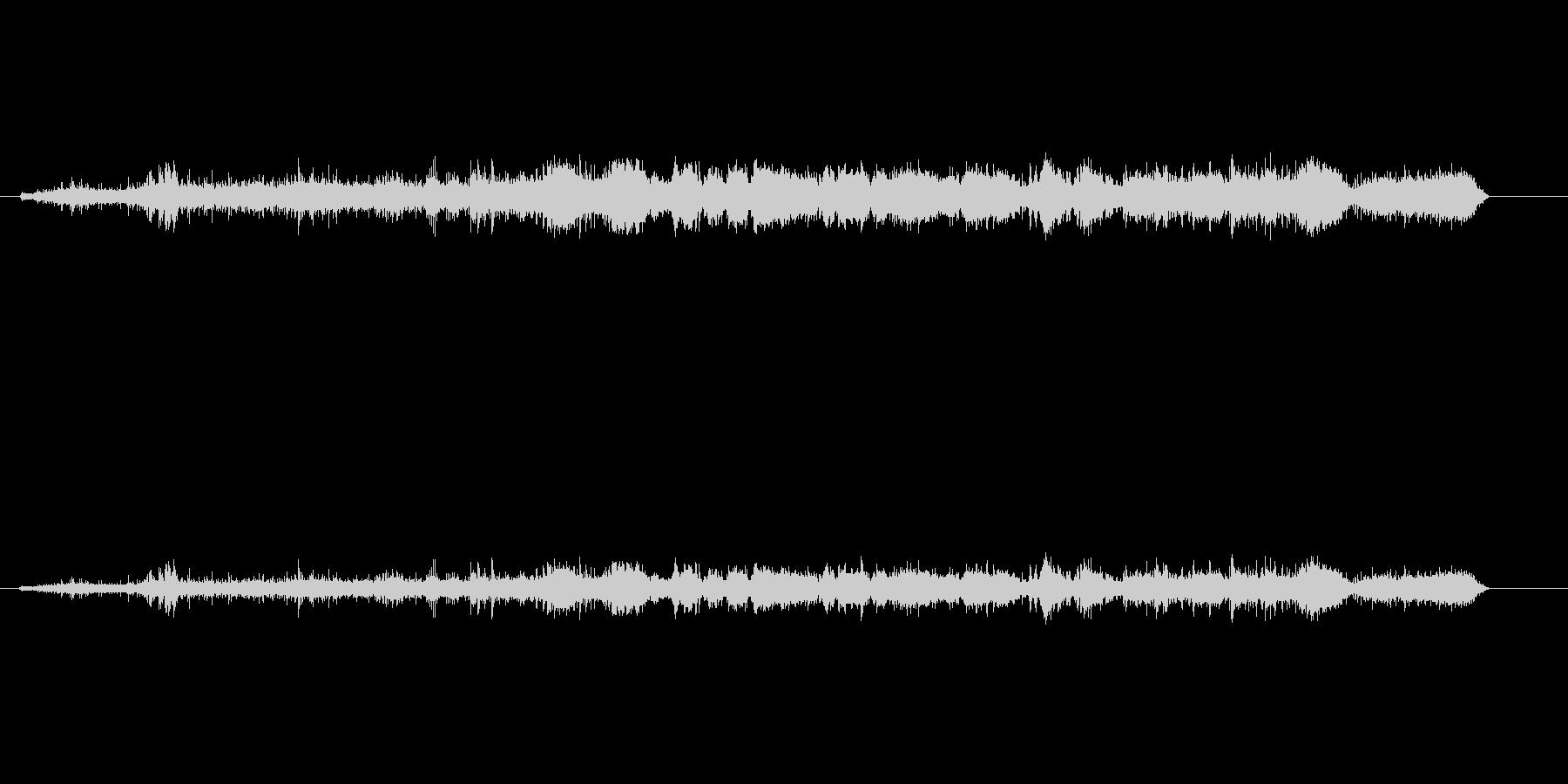 ドラッグスター車の騒音モーター出力の未再生の波形