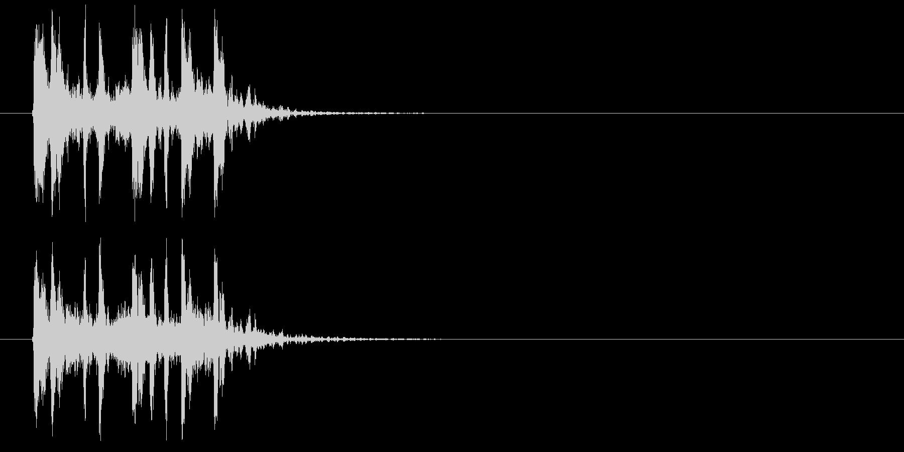 疾走感のあるテクノ音楽の未再生の波形