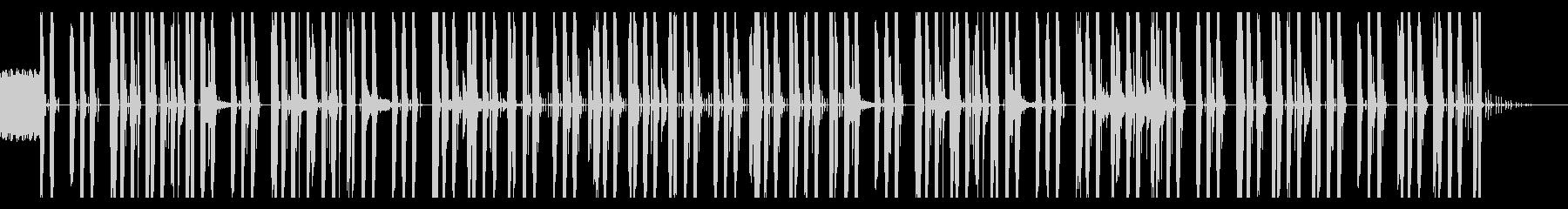 忍び寄る感じのビートのテクノっぽい曲の未再生の波形