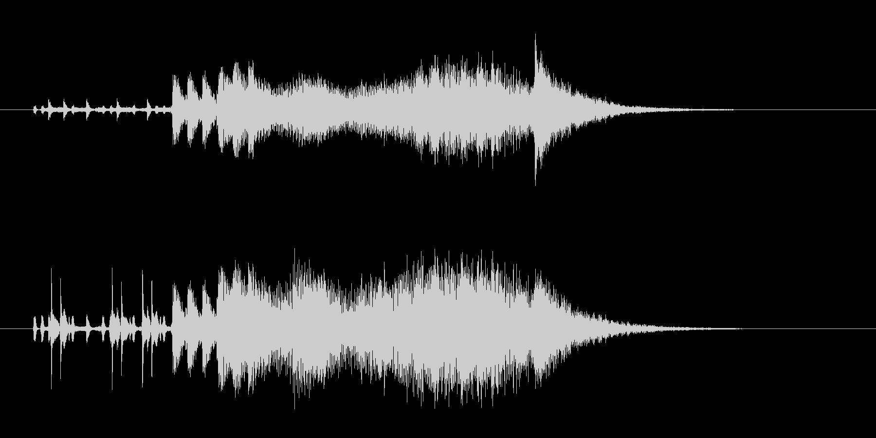 恐怖を演出する楽器の不協和音の未再生の波形