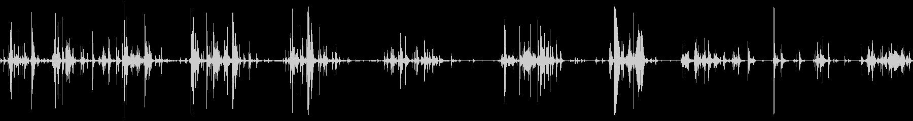 静かなチェーンメタルムーブメントの未再生の波形