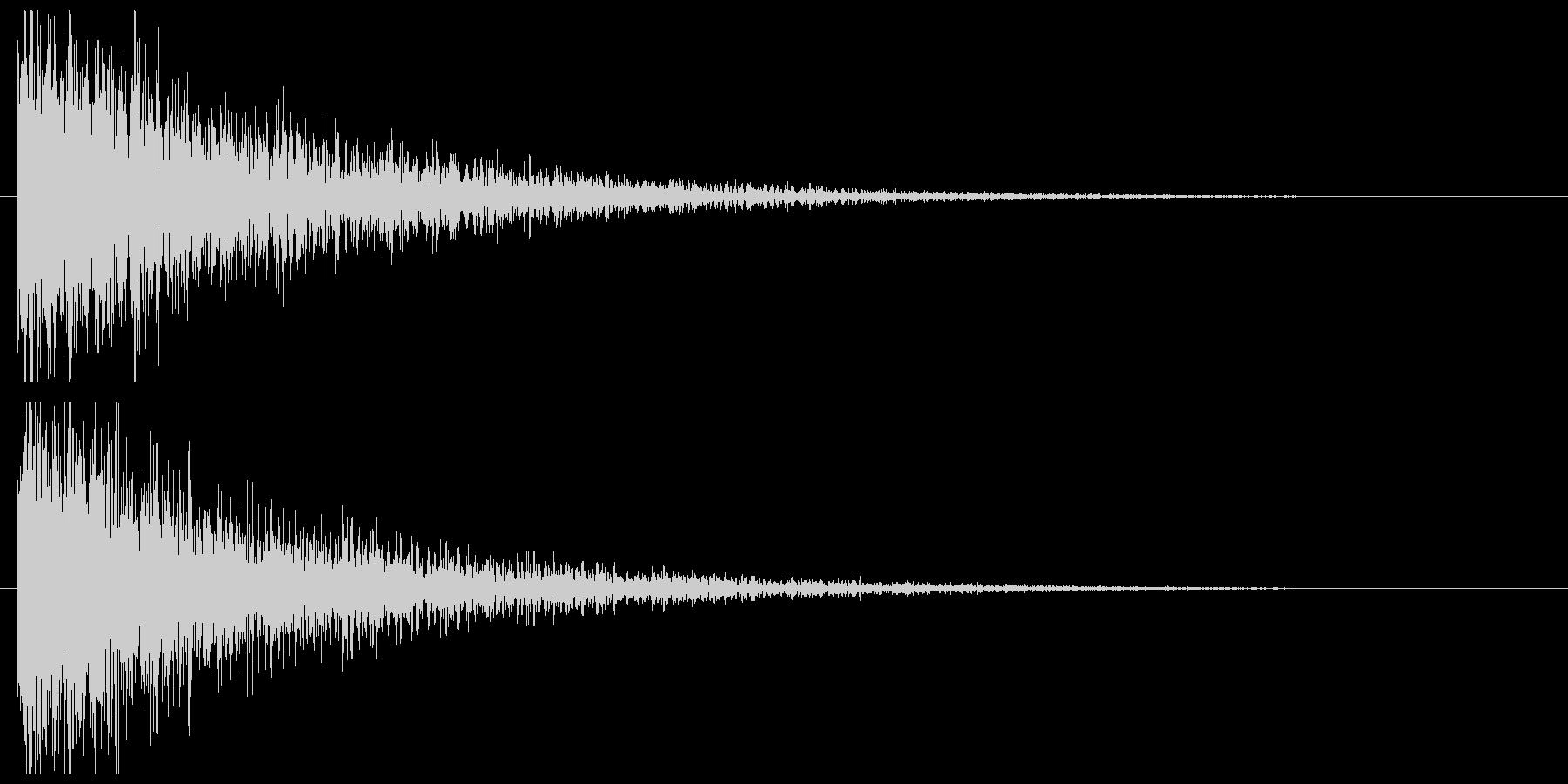 爆発の未再生の波形