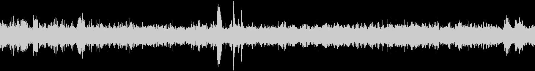 EC、列車の停車音(車内より収録)の未再生の波形